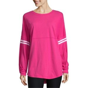 NWT City Streets Crew Neck Long Sleeve Tee